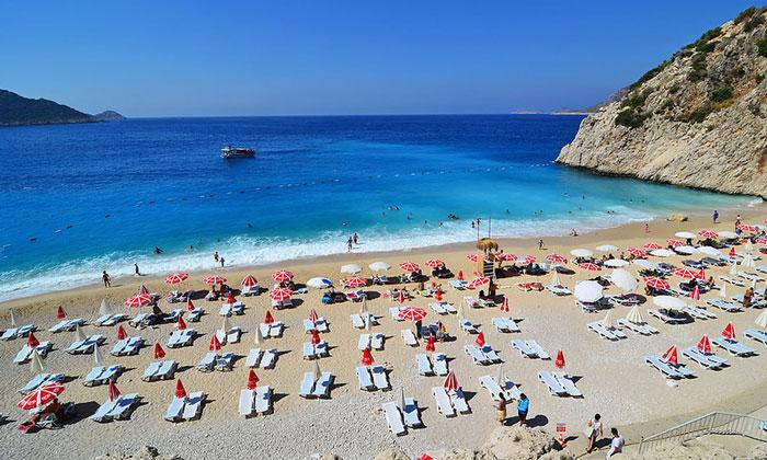 Пляж «Капуташ» в Турции