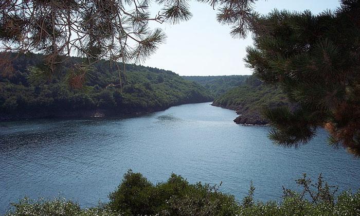 Бухта Хамсилос в Турции
