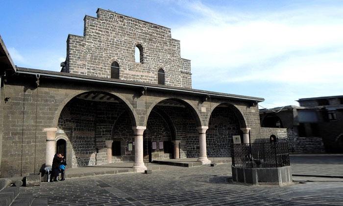 Церковь Девы Марии в Диярбакыре
