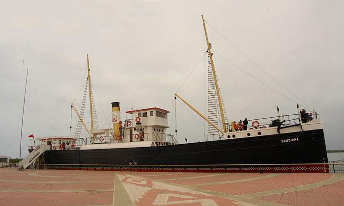 Корабль-музей Бандырма в Самсуне