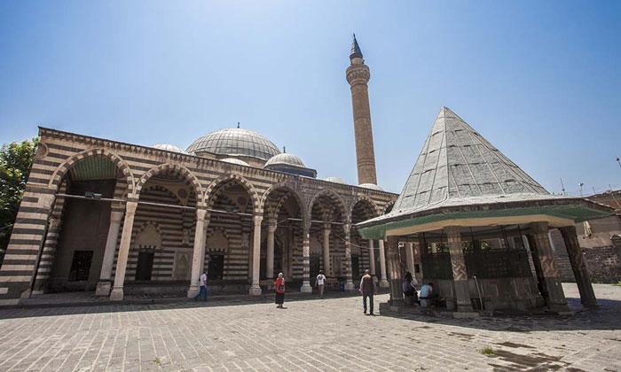 Мечеть Бехрам-паша в Диярбакыре