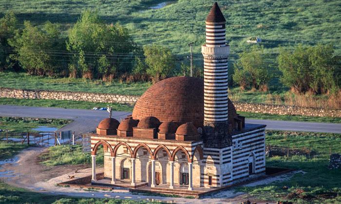 Мечеть Хюсрев-паша в Ване