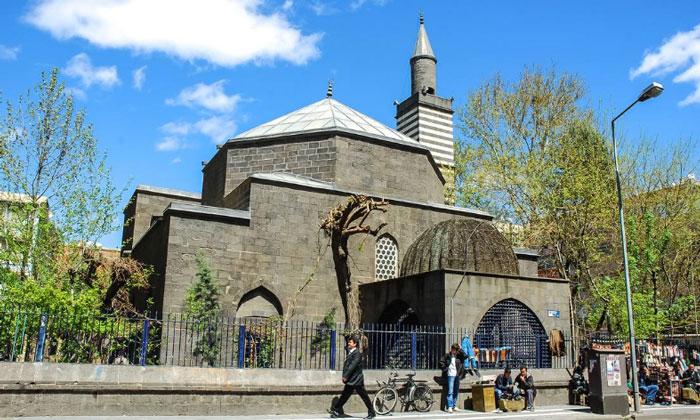Мечеть Неби в Диярбакыре