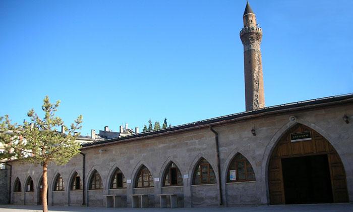 Мечеть Улу в Сивасе