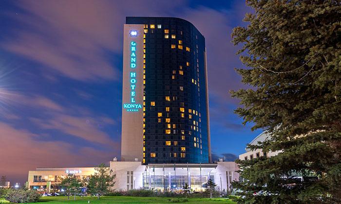 Отель «Grand» в Конье