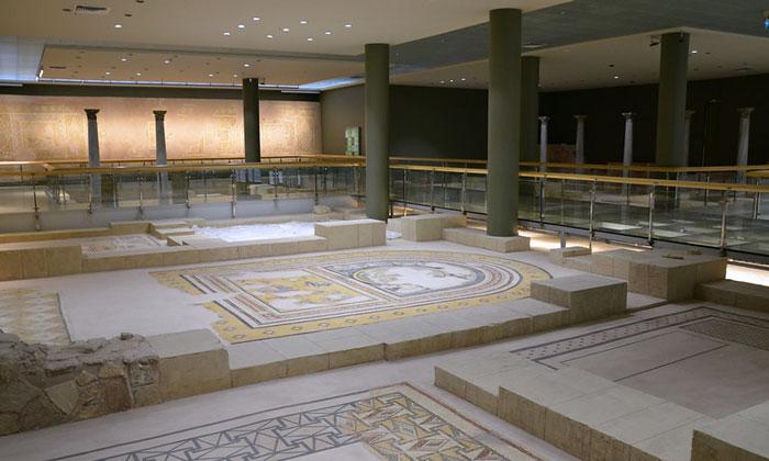 Внутри Археологического музея Антакьи