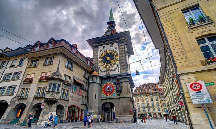 Часовая (Zytglogge) башня Берна