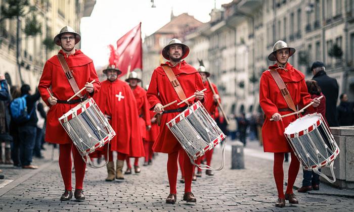Фестиваль Zibelemarit в Берне