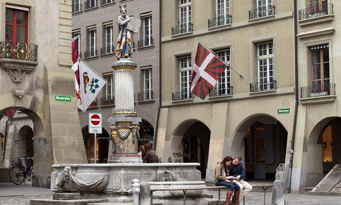Фонтан Моисей (Mosesbrunnen) в Берне