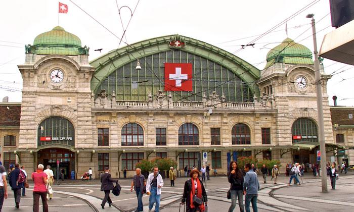 Железнодорожный вокзал Basel SBB