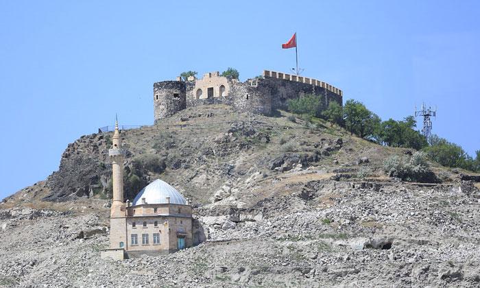 Крепость Невшехира