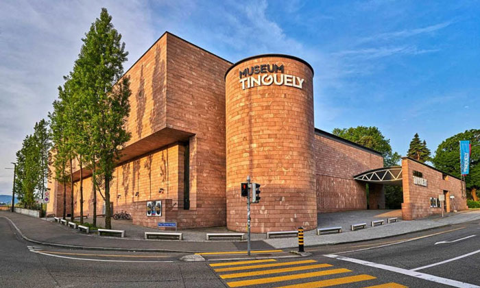 Музей Тингли в Базеле
