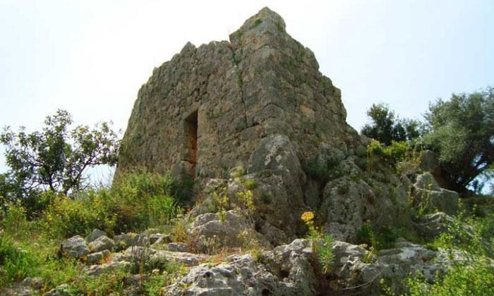 Остатки акрополя Сура