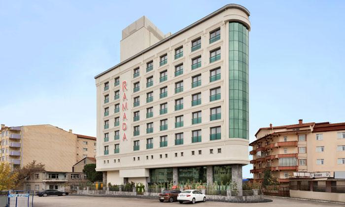 Отель «Ramada by Wyndham» в Ыспарте