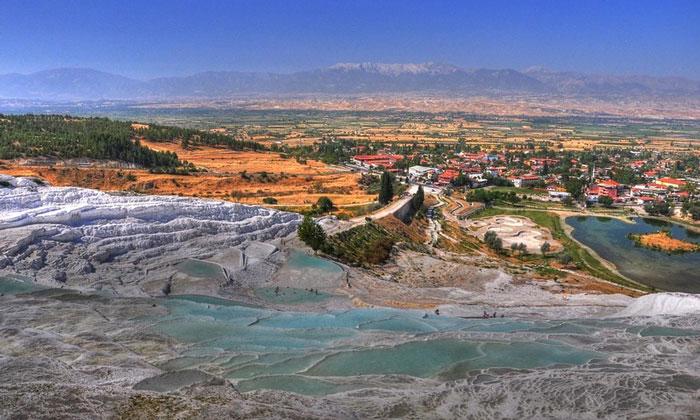 Термальные источники Памуккале в Турции