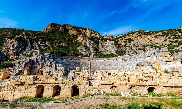 Руины древней Миры