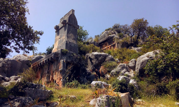 Руины Сура