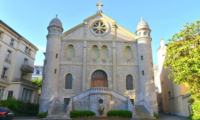 Церковь Святого Сердца (Сакре-Кёр) в Монтре