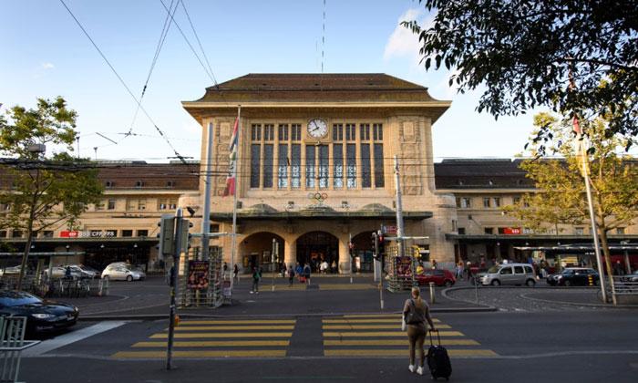 Железнодорожный вокзал Лозанны