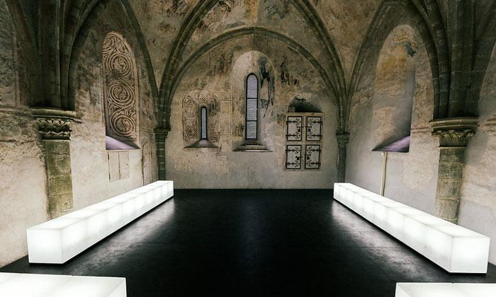 Внутри часовни Шильонского замка