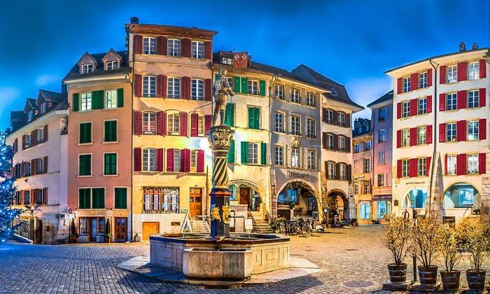 Город Биль в Швейцарии