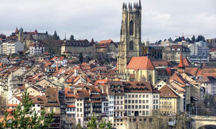 Город Фрибур в Швейцарии