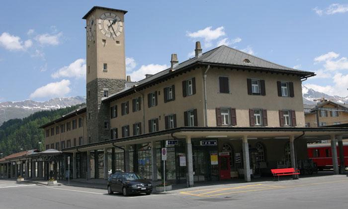 Железнодорожный вокзал Санкт-Морица