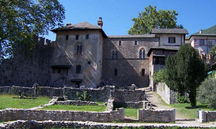 Замок Висконти в Локарно