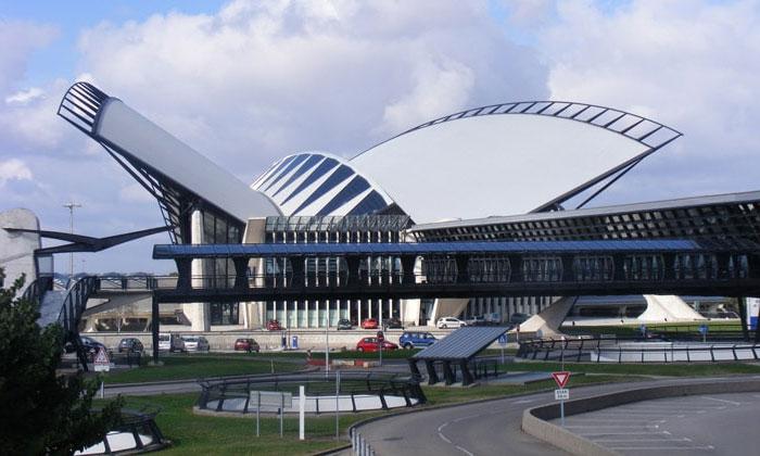 Аэропорт Шарль-де-Голль (Руасси) в Париже