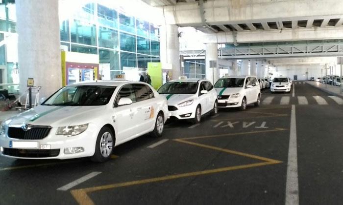 Муниципальные такси из аэропорта Эльче в Аликанте