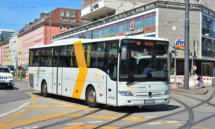 Автобус Lufthansa из аэропорта Мюнхена