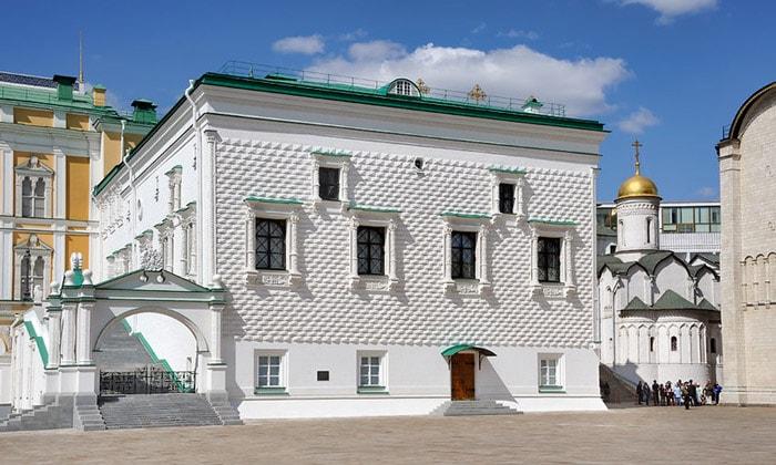 Грановитая палата Кремля в Москве