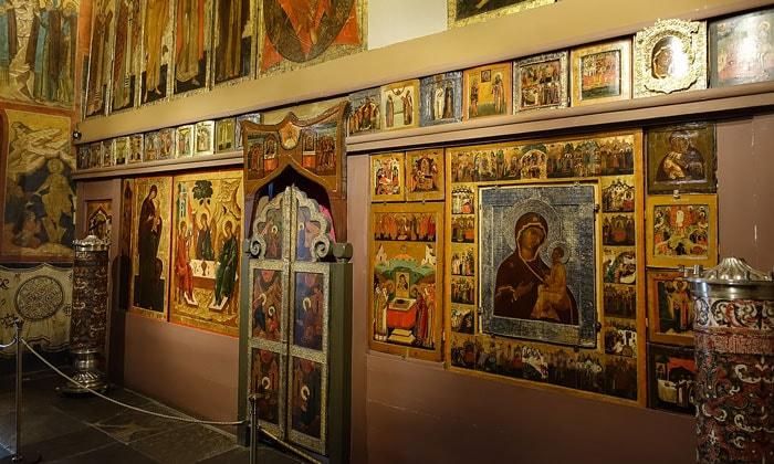 Иконы церкви Ризоположения Кремля