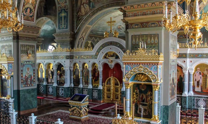Интерьер Успенского собора Кремля