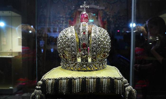 Корона Анны Иоанновны Оружейной палаты