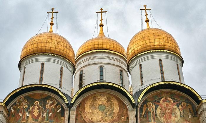 Купола Успенского собора Кремля