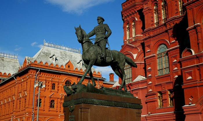 Памятник маршалу Жукову (Москва)