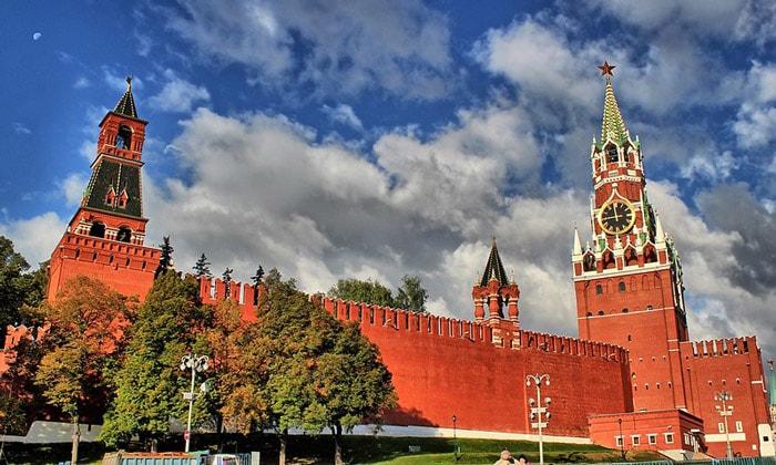 Спасская, Набатная, Царская башни в Москве