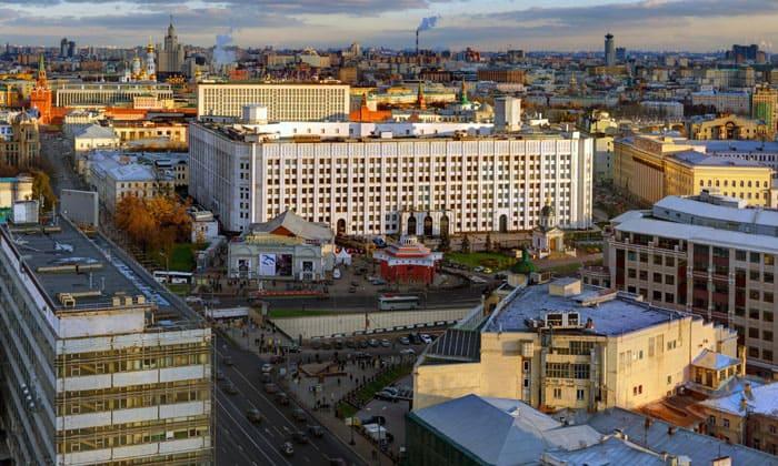 Арбатская площадь в Москве