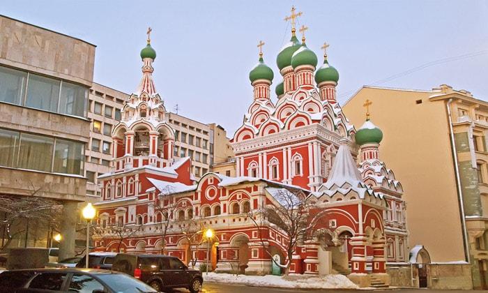 Церковь Троицы в Никитниках Москвы