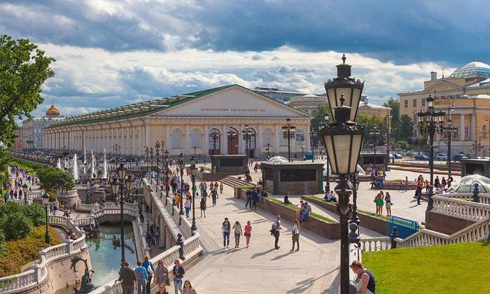 Красоты Манежной площади в Москве