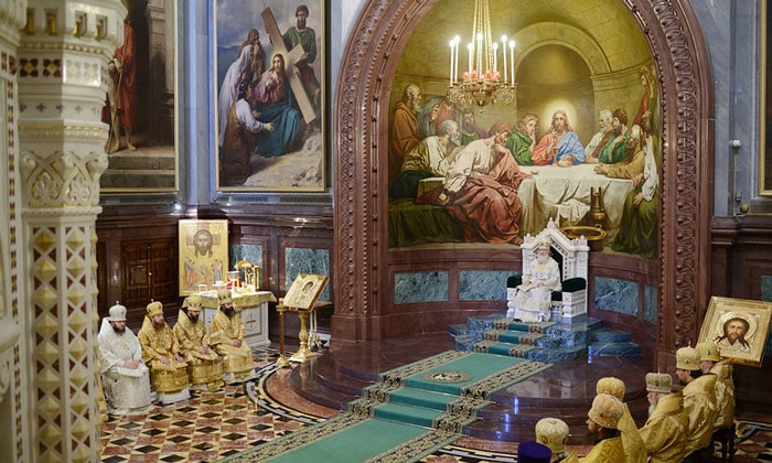 Божественная литургия в храме Христа Спасителя в Москве