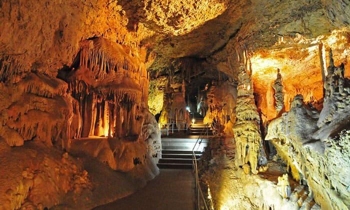 Пещеры Чатыр-Дага в Крыму