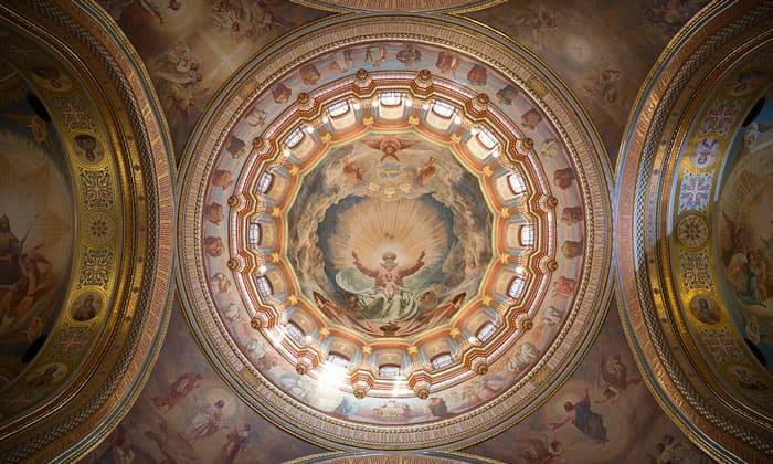 Роспись большого купола храма Христа Спасителя в Москве