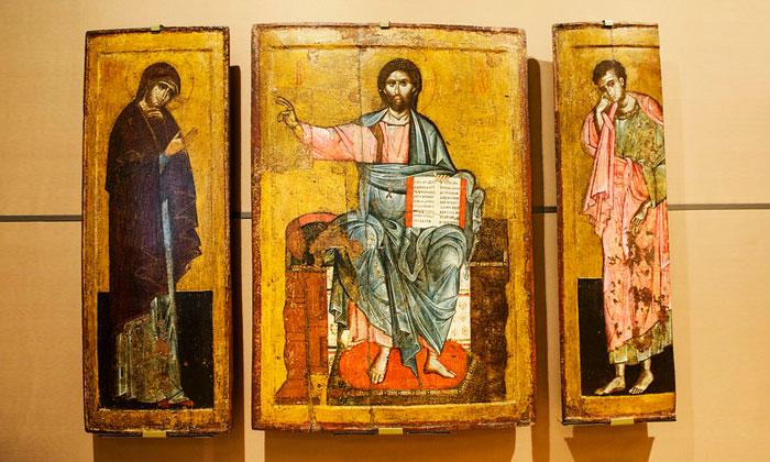 Древние иконы «Старой» Третьяковки Москвы