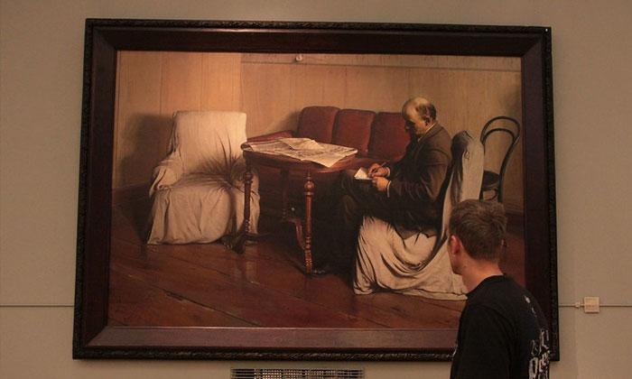 Картина «Ленин в Смольном» Третьяковки Москвы