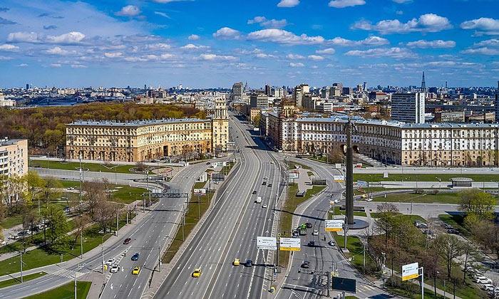 Вид на площадь Гагарина в Москве