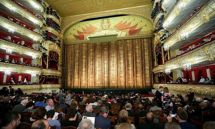 Историческая сцена Большого театра Москвы