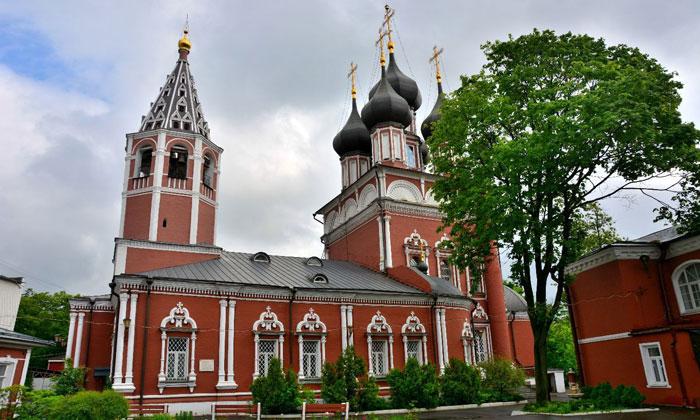 Храм Ризоположения на Донской Москвы