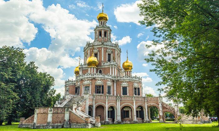 Церковь Покрова в Филях Москвы